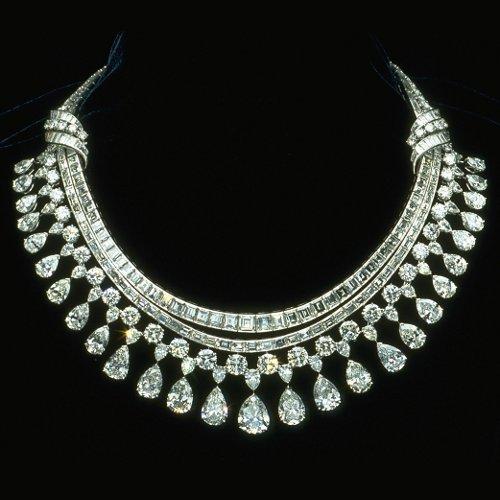 diamond-necklace-set-500x500.jpg